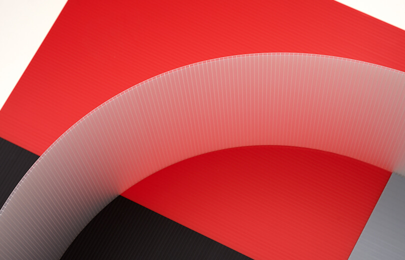 Image montrant qu'une feuille Hi-Core peut être courbée
