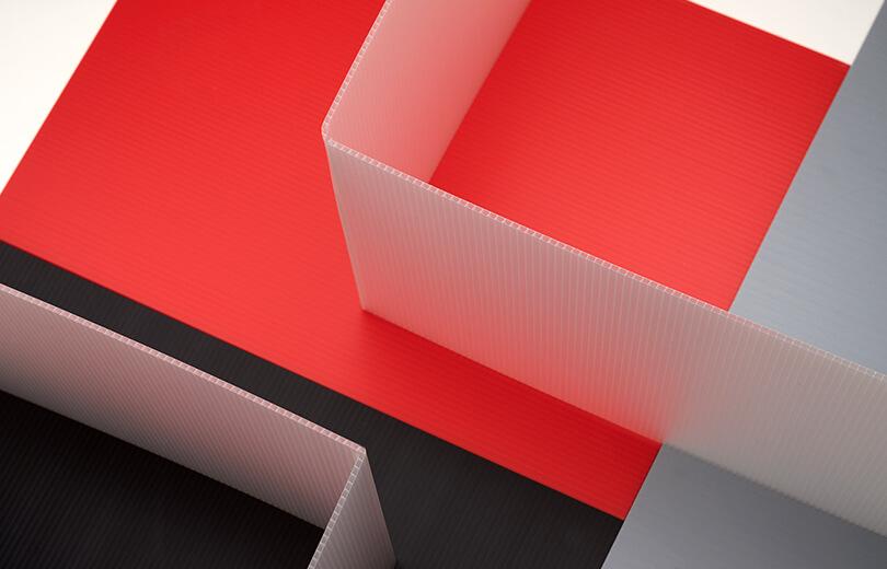 Image montrant qu'une feuille de Hi-Core peut se plier à 90 degrés